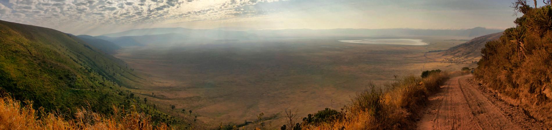 shutterstock tz ngorongoro track header