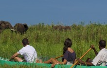 The thrilling canoe safaris at Kanyemba