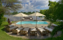 The pool and sunset deck at Kanyemba