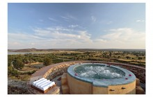 The turret jacuzzi at Ramathra!