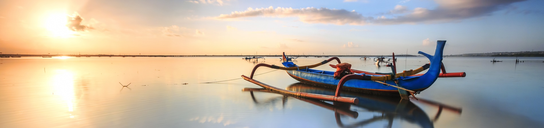 shutterstock_403764259 fishing boats in Sanur